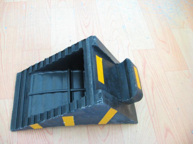 上海车轮垫,止滑块价格,橡胶止滑器
