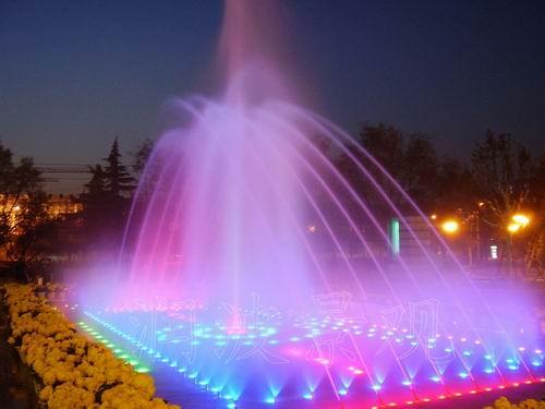 喷泉、音乐喷泉、水景喷泉、景观喷泉、园林喷泉、波光泉、波光喷泉