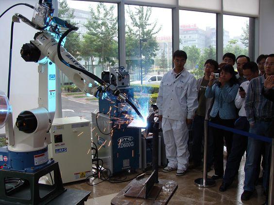松下法拉克安川ABBOTC焊接机器人
