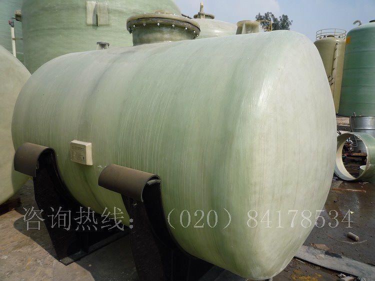 水箱内径为dn5000以下容积150立方以下方形玻璃钢水箱尺寸按要求设计.