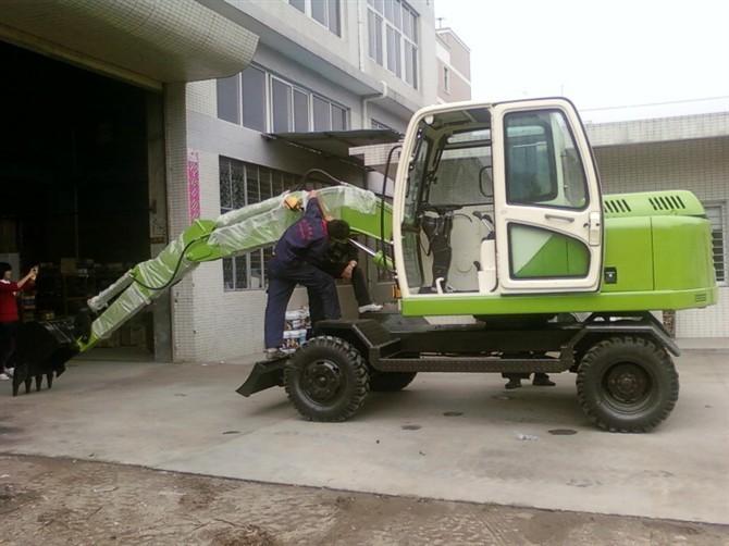 轮式360度中型.小型挖掘机/65小型挖掘机