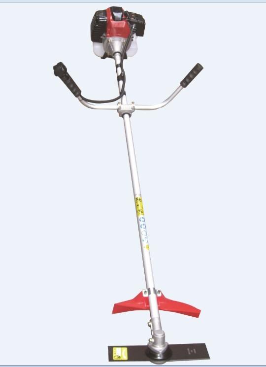 三菱肩挂式汽油剪草机