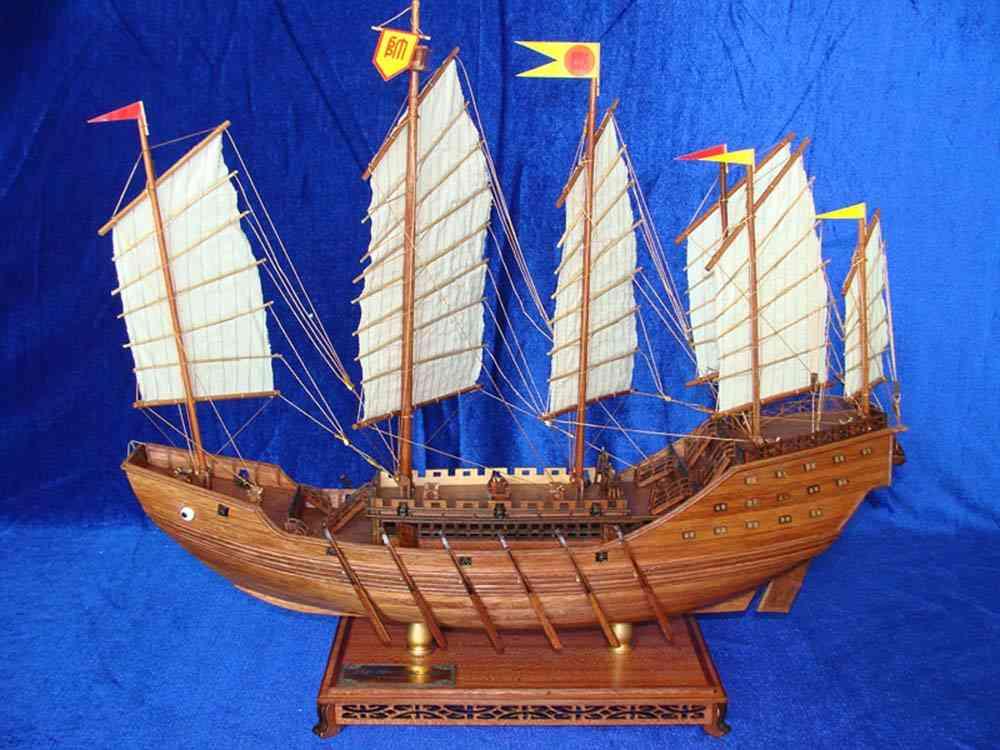红木帆船模型郑和号