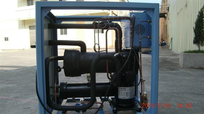 自贡箱式冷水机 壳管式冷水机
