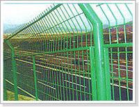 公路护栏网-框架护栏网-护栏网厂家
