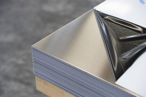 生产供应不锈钢sus304镜面板、拉丝板