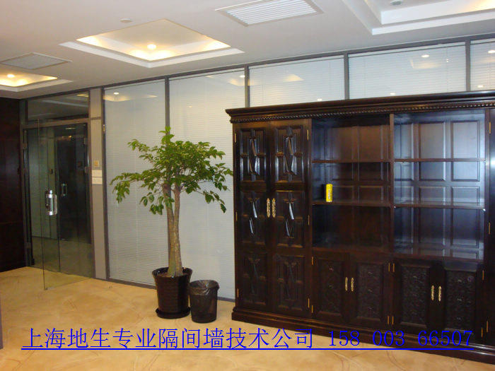 双层玻璃夹百叶隔断 铝合金玻璃隔断 成品玻璃隔断 办公室玻璃隔断