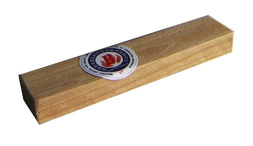 防腐,防霉工艺技术处理,加工程序严格执行国家《难燃木材》生产标准.