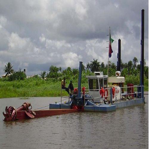 绞吸式挖泥船  联系电话: