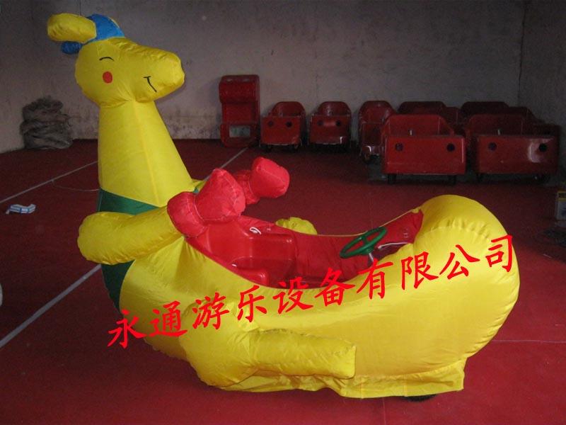 最新电动玩具车 儿童投币摇摆车 气模电动玩具车 儿童双人充气车