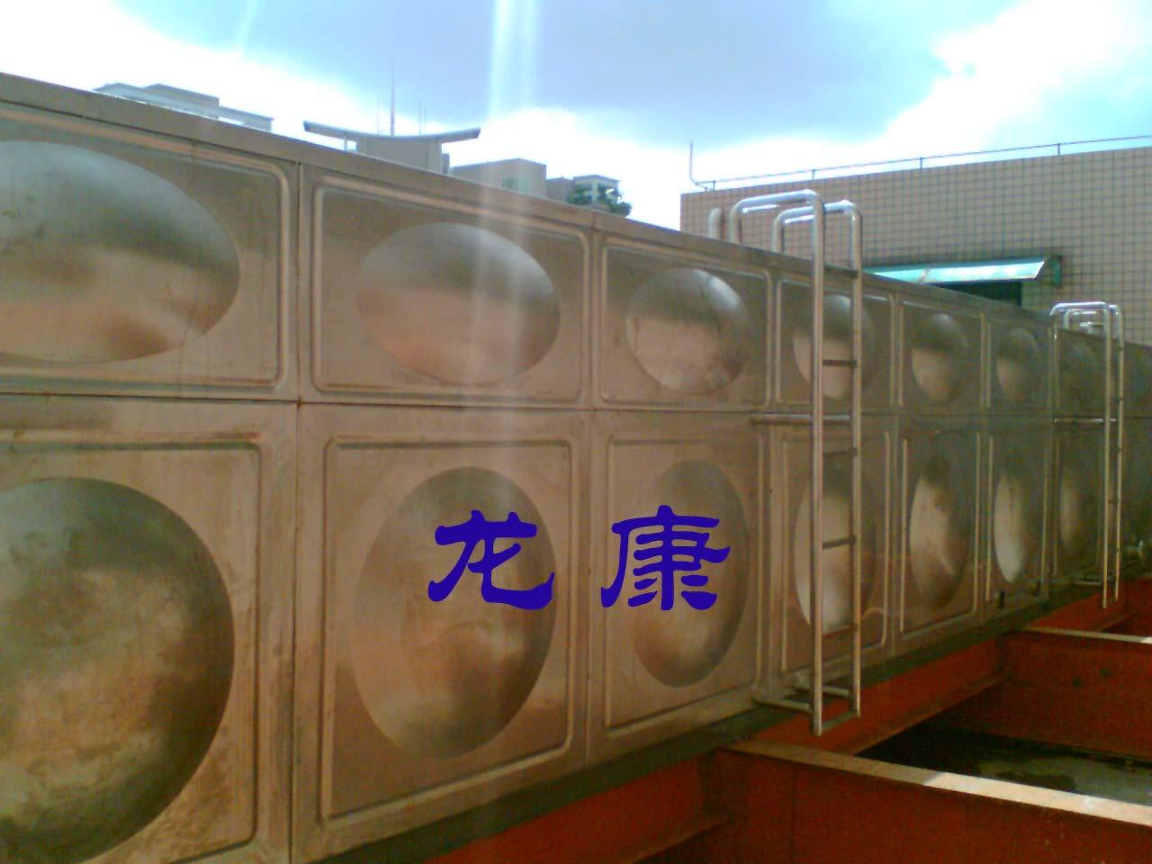 大容量不锈钢保温水箱--南宁龙康保温水箱