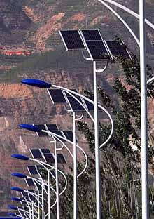 供应太阳能路灯专用电池板70W