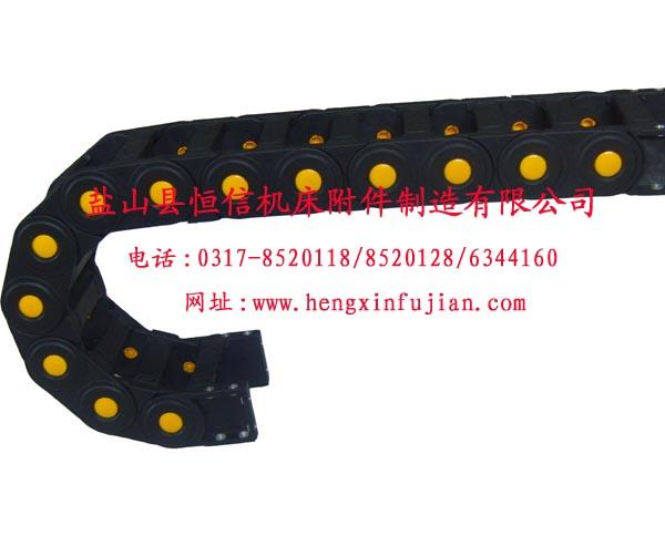 尼龙拖链+塑料拖链+工程拖链=工程塑料拖链03176344161