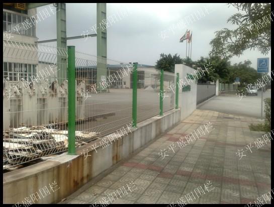 湖南护栏网  生产护栏网  农场护栏网