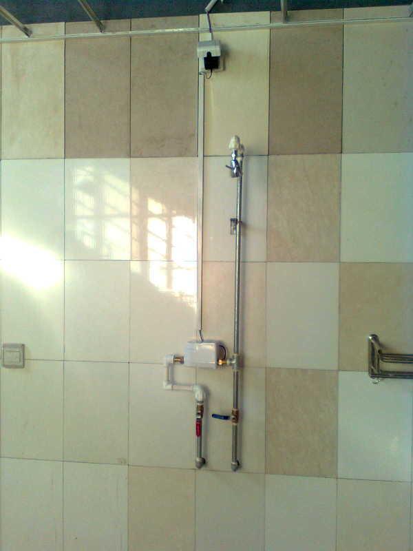 供应IC卡沐浴水控机