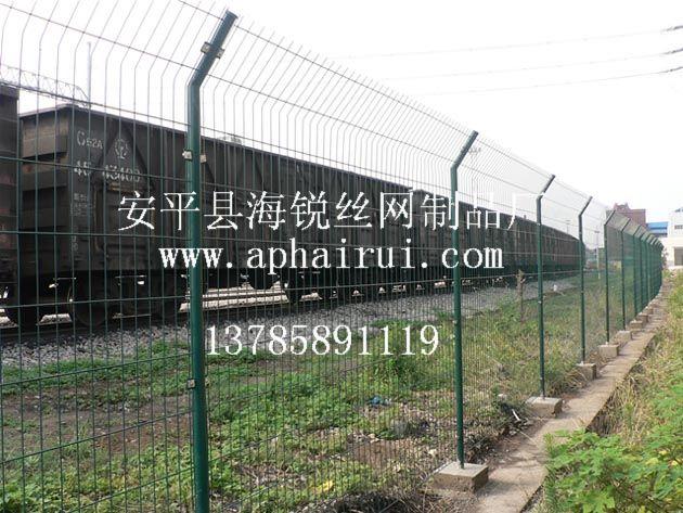 供应铁路护栏网、铁路围界护栏网