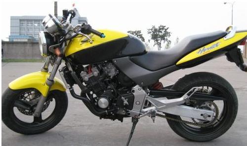 百色二手摩托车本田雅马哈公路赛车出售