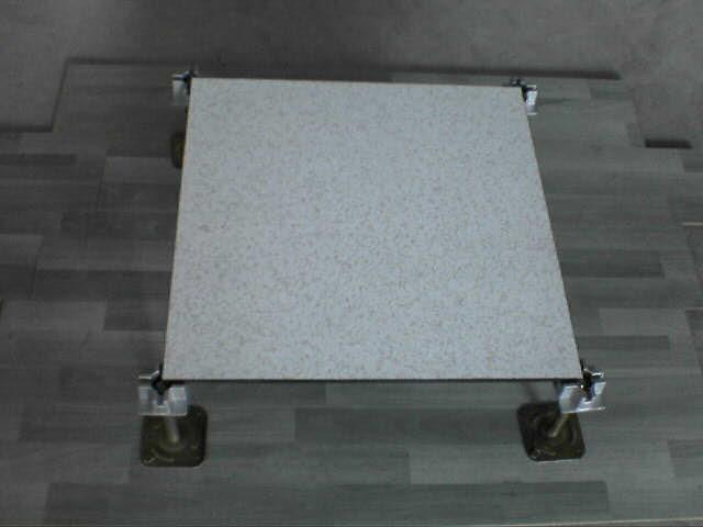 毕节机房建设选择什么材质的防静电地板比较好