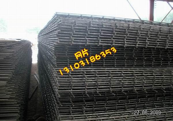 优质网片、建筑网片,黑铁丝网片厂家供应