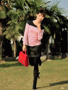 韩国服装-黑色保暖提臀打底裤裙