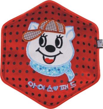 保健电热水袋 电暖宝批发 超柔毛绒绣花包边六角热水袋