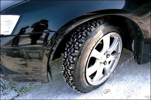 厂家特价出售普利司通雪地胎、防滑胎、冬季胎