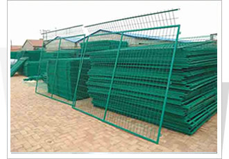 新疆护栏网、护栏网厂家