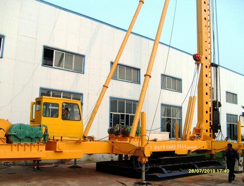 柴油锤击管桩机预制管桩机水泥管桩机
