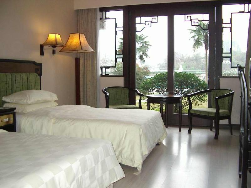 财达酒店家具,宾馆家具,洗浴设备回收