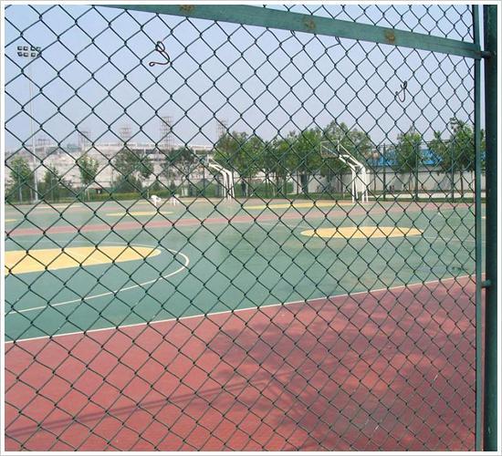 勾花护栏网、焊接护栏网、护栏网的规格、隔离护栏网