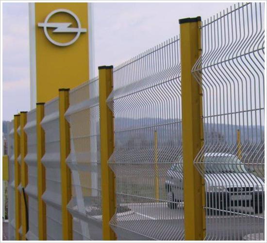 道路护栏网、塑钢道路护栏网、PVC护栏网生产厂家