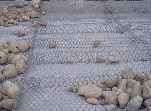 雷诺护垫价格,双隔板雷诺护垫,重镀高尔凡雷诺护垫,石笼网垫用途