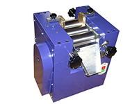 泉州三辊机,小型三辊研磨机,微型三辊机,微型三辊研磨机实验三辊机