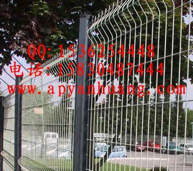 供应市政护栏网,停车场围栏,护栏网厂家