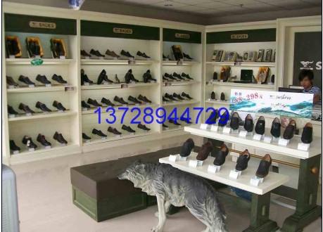 皮鞋展柜、皮包皮具专卖店装修