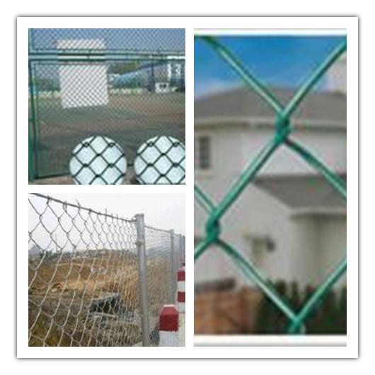 PVC涂塑勾花网护栏,菱形护栏网