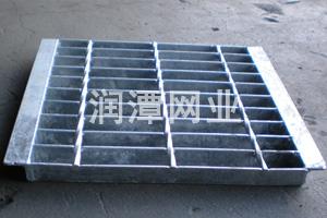 电厂钢格板 润潭钢格板护栏网 喷漆钢格栅板 船用钢格板
