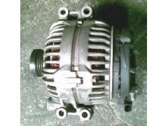 供应宝马318i发电机,助力泵,冷却泵,波箱原厂配件,拆车件