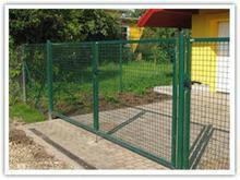 各种铁丝网围栏,安全防护铁丝网围栏,养殖用铁丝网围栏