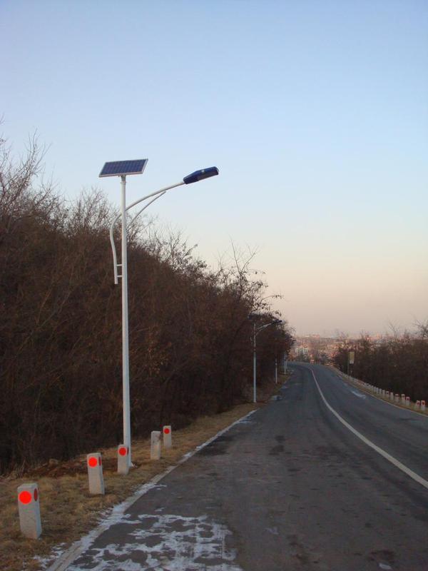 厂家热销节能环保新农村建设专用太阳能led路灯