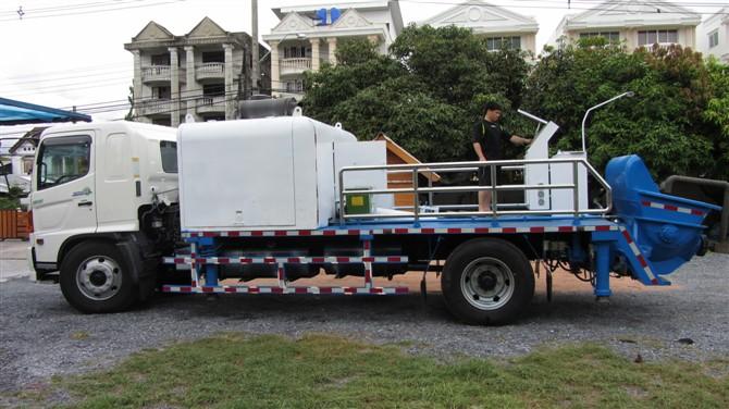 混凝土输送车载泵