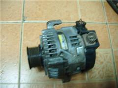 低价供应丰田凯美瑞发电机,调节器,钢圈等汽车配件
