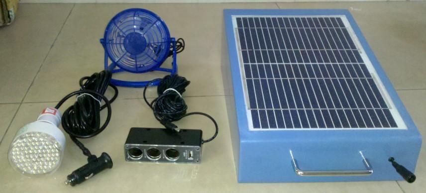 太阳能LED灯 可带手面充电 出口