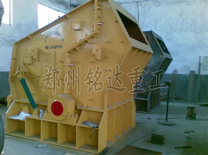 破碎机设备能助力砂石生产更优化简练