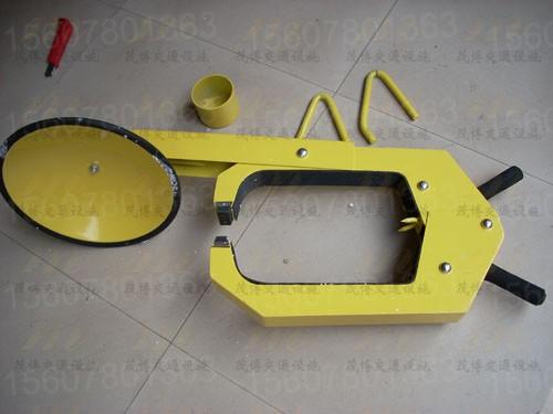 加厚钢板小车车轮锁