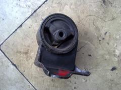 热卖现代索纳塔波箱胶,水箱,方向机等汽车配件