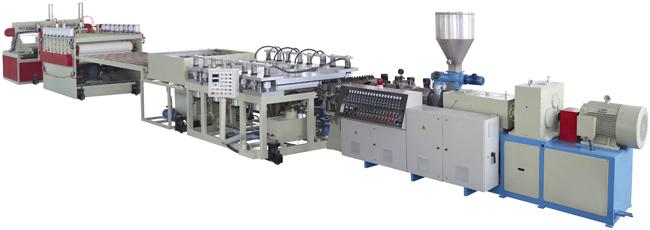 青岛鲁奥专业提供PVC建筑模板设备