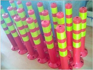 南宁东盟慧谷厂家供应防撞警示柱 反光警示柱 塑料警示柱