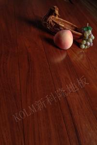 新科隆地板-8101泰柚