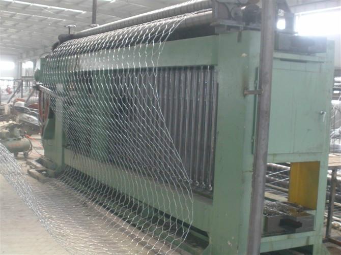 高尔凡石笼网 蜂巢格宾挡墙 水利建设雷诺护垫